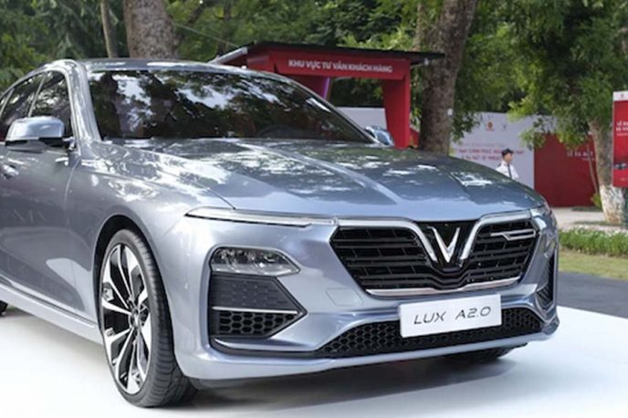 Vinfast-Sedan-Lux-A-2-0-daily-auto-cover